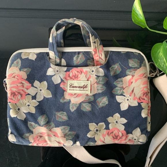 Canvaslife Handbags - Canvas life floral print laptop bag